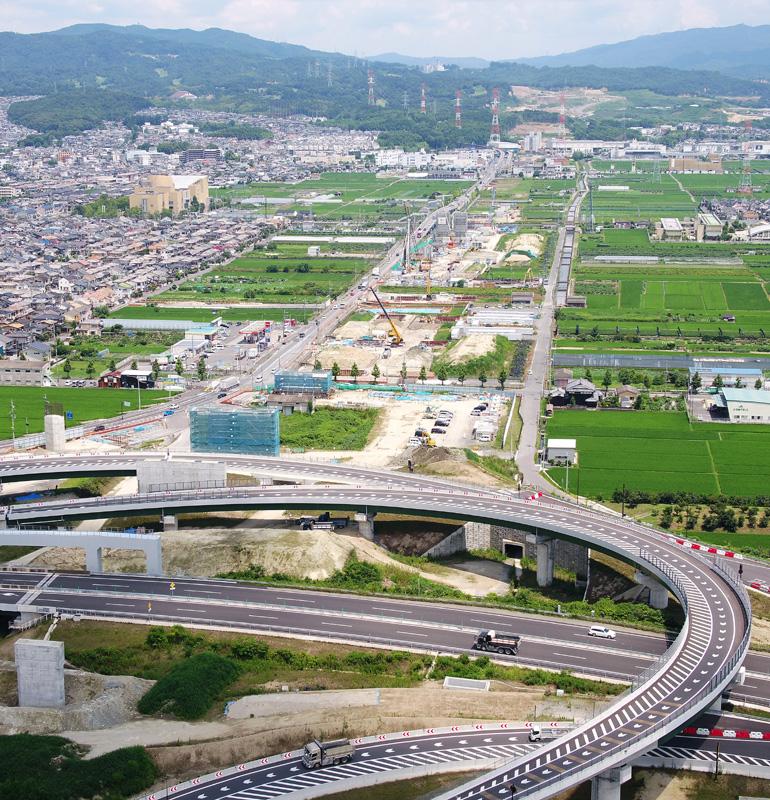 開通当初から6車線に/新名神大津~城陽、八幡京田辺~高槻