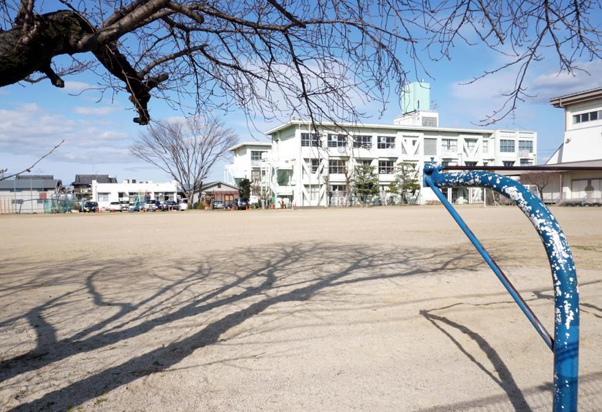児童生徒 静かな〝春休み〟/新型コロナで臨時休校