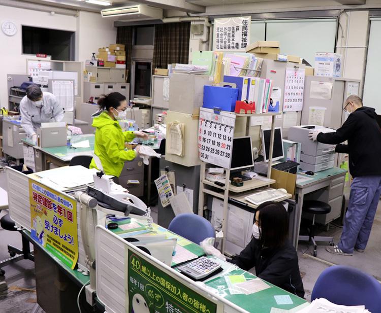 井手で職員ら8人集団感染/新型コロナ