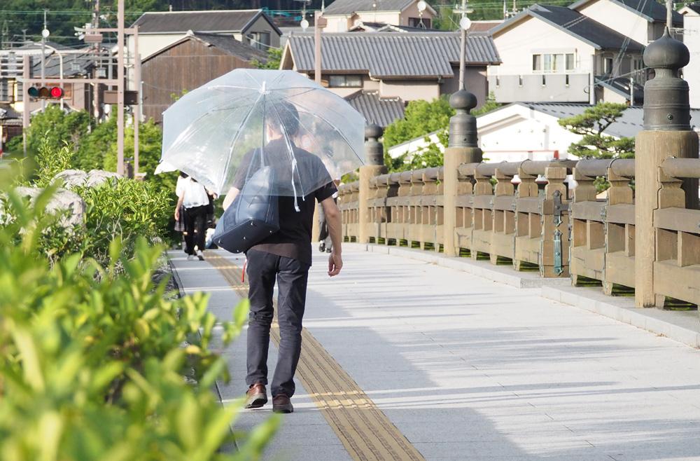近畿地方「梅雨入り」/平年より3日遅く