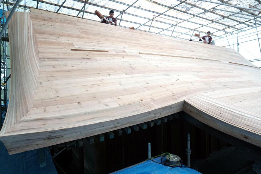 本殿屋根工事で上棟祭/久御山・玉田神社