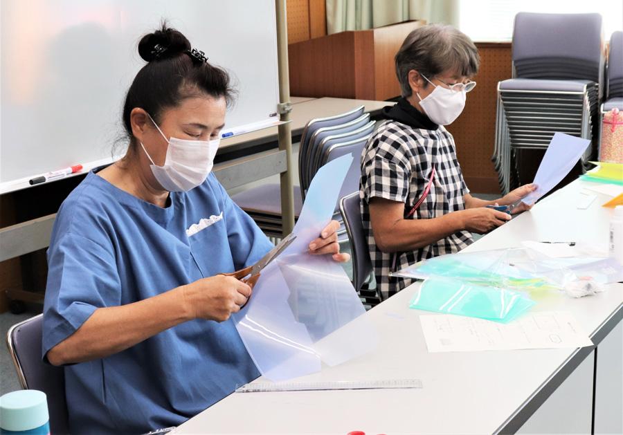 交流にマスク入れ活用/京都府女性の船井手地区