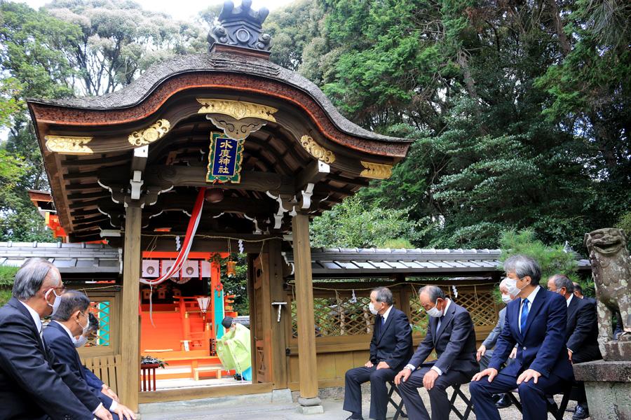 「栗榧神饌」復活奉納/城陽・水度神社