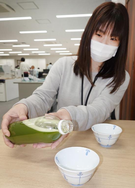 緑茶を飲んで健康管理/宇治田原 発祥の地で新たな試み